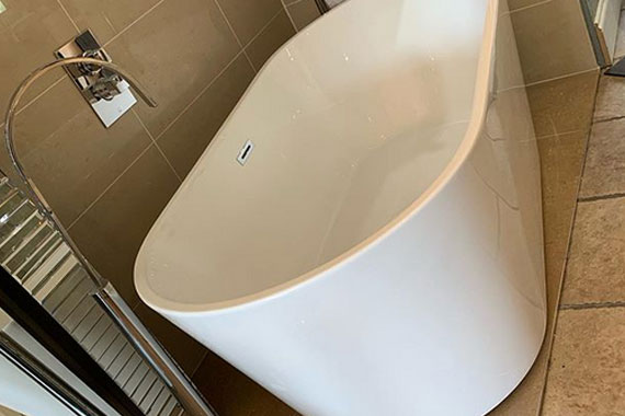 Bathroom Unlimited have a range of free standing baths